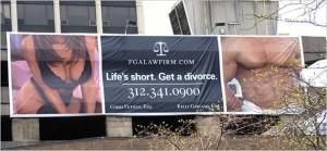 Δείτε τί αφίσα σκαρφίστηκε το ευφάνταστο αυτό δικηγορικό γραφείο...